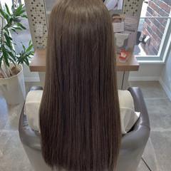 ロング グレージュ オリーブグレージュ モード ヘアスタイルや髪型の写真・画像