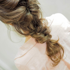 セミロング ヘアアレンジ 簡単ヘアアレンジ ナチュラル ヘアスタイルや髪型の写真・画像