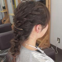 フェミニン 簡単ヘアアレンジ 結婚式 三つ編み ヘアスタイルや髪型の写真・画像