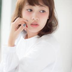 丸顔 卵型 フェミニン 大人かわいい ヘアスタイルや髪型の写真・画像