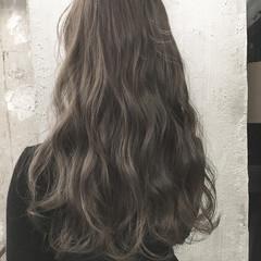 トレンド ロング 透明感 暗髪 ヘアスタイルや髪型の写真・画像
