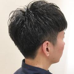 メンズパーマ ショート ツーブロック メンズカット ヘアスタイルや髪型の写真・画像