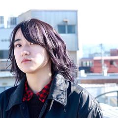 ストリート ニュアンスウルフ バイオレットカラー ウルフカット ヘアスタイルや髪型の写真・画像