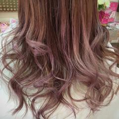 ピンク 外国人風 グラデーションカラー モード ヘアスタイルや髪型の写真・画像