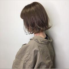 切りっぱなしボブ ボブ ロブ ミルクティーベージュ ヘアスタイルや髪型の写真・画像