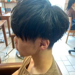 2ブロック 黒髪 ストリート メンズ ヘアスタイルや髪型の写真・画像