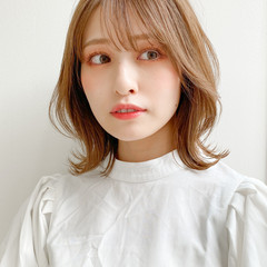 ミディアムレイヤー モテ髮シルエット ナチュラル アンニュイほつれヘア ヘアスタイルや髪型の写真・画像