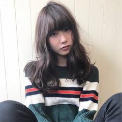 シアーベージュ ゆるふわ ガーリー 前髪あり ヘアスタイルや髪型の写真・画像