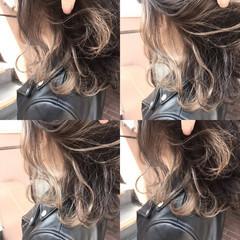 外国人風 グレージュ アッシュ ミディアム ヘアスタイルや髪型の写真・画像
