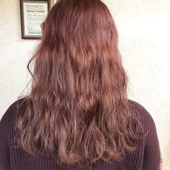 イルミナカラー セミロング オレンジベージュ ナチュラル ヘアスタイルや髪型の写真・画像