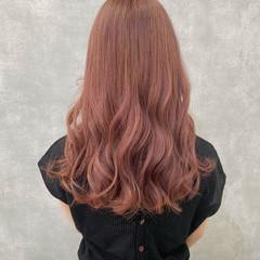 ブリーチカラー ピンクアッシュ ロング インナーカラー ヘアスタイルや髪型の写真・画像