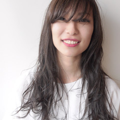 ロング ナチュラル 透明感 外国人風カラー ヘアスタイルや髪型の写真・画像