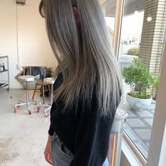 アンニュイほつれヘア ストリート ミディアム ダブルカラー ヘアスタイルや髪型の写真・画像