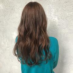 ロング アッシュ エレガント ショコラブラウン ヘアスタイルや髪型の写真・画像