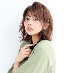 小顔ヘア 外ハネボブ 韓国風ヘアー 無造作パーマ ヘアスタイルや髪型の写真・画像