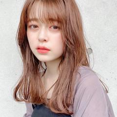 デジタルパーマ ミディアム アンニュイほつれヘア 外ハネ ヘアスタイルや髪型の写真・画像