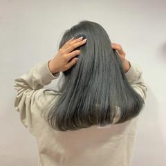 セミロング グレージュ 大人ロング ブリーチカラー ヘアスタイルや髪型の写真・画像
