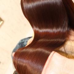 セミロング レッド ピンク ストレート ヘアスタイルや髪型の写真・画像