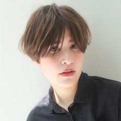 マッシュショート ショートヘア ナチュラル ハンサムショート ヘアスタイルや髪型の写真・画像