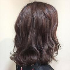 グレージュ ミディアム ラベンダー アッシュ ヘアスタイルや髪型の写真・画像