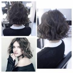 モード ストリート 秋 ウェーブ ヘアスタイルや髪型の写真・画像