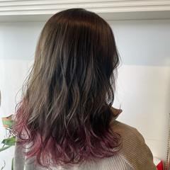 ピンクラベンダー 裾カラー セミロング ブリーチオンカラー ヘアスタイルや髪型の写真・画像