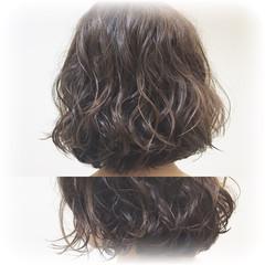 大人女子 ボブ パーマ アッシュ ヘアスタイルや髪型の写真・画像
