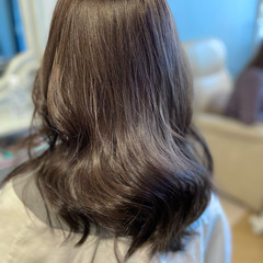 透明感カラー 艶髪 艶グレーベージュ ロング ヘアスタイルや髪型の写真・画像