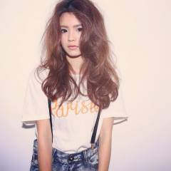 外国人風 グラデーションカラー ナチュラル セミロング ヘアスタイルや髪型の写真・画像
