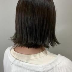 アッシュベージュ ナチュラル 鎖骨ミディアム グレージュ ヘアスタイルや髪型の写真・画像