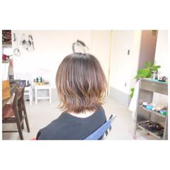 ミディアム グラデーションカラー ボブ ナチュラル ヘアスタイルや髪型の写真・画像