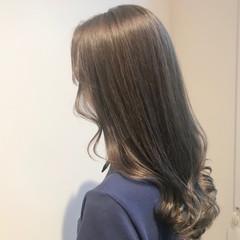 ミルクティーグレージュ ミルクティーベージュ ミルクティーアッシュ 透明感カラー ヘアスタイルや髪型の写真・画像