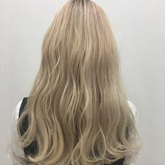 ホワイトアッシュ ハイトーン ストリート レイヤーカット ヘアスタイルや髪型の写真・画像