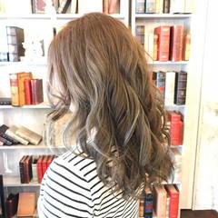 エレガント 外国人風カラー グラデーションカラー セミロング ヘアスタイルや髪型の写真・画像