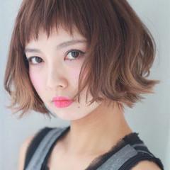 外ハネ ショート かわいい ナチュラル ヘアスタイルや髪型の写真・画像