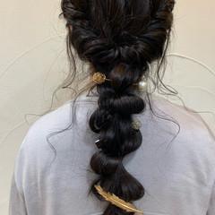 ロング お呼ばれヘア ヘアアレンジ ナチュラル ヘアスタイルや髪型の写真・画像