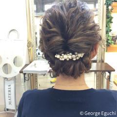 ミディアム 波ウェーブ 外国人風 ストレート ヘアスタイルや髪型の写真・画像