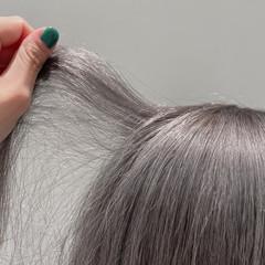 ボブ グレー ハイトーンカラー モード ヘアスタイルや髪型の写真・画像