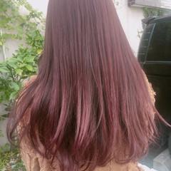 ラベンダーピンク レッド ロング ベージュ ヘアスタイルや髪型の写真・画像