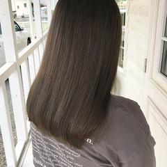インナーカラー アッシュ ロング ブルージュ ヘアスタイルや髪型の写真・画像