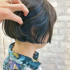 インナーカラー ネイビーブルー インナーカラーグレー ネイビー ヘアスタイルや髪型の写真・画像