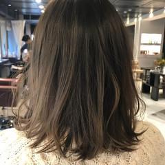 バレンタイン オフィス ロング ナチュラル ヘアスタイルや髪型の写真・画像