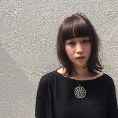 アッシュ ボブ 外国人風 ワイドバング ヘアスタイルや髪型の写真・画像