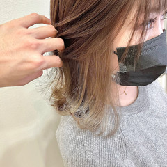 ミディアム ショートヘア インナーカラー ブリーチカラー ヘアスタイルや髪型の写真・画像