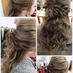 ロング ハーフアップ ヘアアレンジ デート ヘアスタイルや髪型の写真・画像