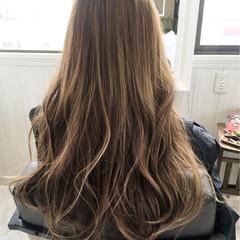 グラデーションカラー ロング アッシュ 外国人風 ヘアスタイルや髪型の写真・画像