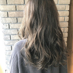セミロング 大人かわいい 透明感 アンニュイ ヘアスタイルや髪型の写真・画像