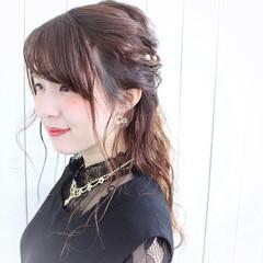 ロング ハーフアップ ナチュラル 結婚式 ヘアスタイルや髪型の写真・画像