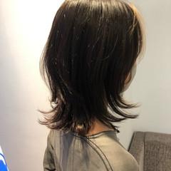 ミディアム フェミニン ミディアムレイヤー 大人ミディアム ヘアスタイルや髪型の写真・画像