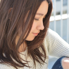 アッシュ ニュアンス ピンクアッシュ フェミニン ヘアスタイルや髪型の写真・画像
